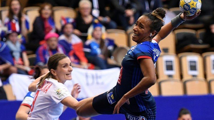La Française Estelle Nze-Minko lors du match de l'Euro-2016 face aux Polonaises, le 4 décembre 2016 à Kristianstad (Suède)