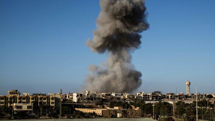 Bombardements à Syrte, en Libye, le 28 septembre 2016