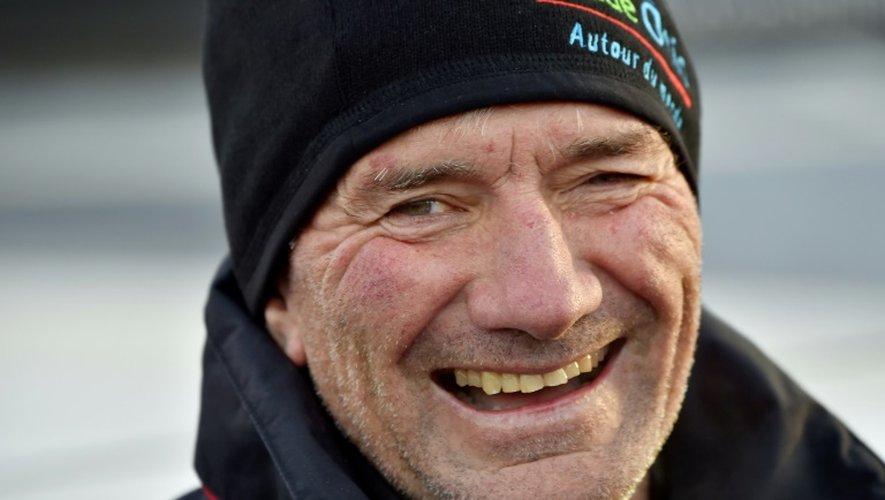 Le skipper français Kito de Pavant, le 6 novembre 2016 avant le départ du Vendée Globe aux Sables d'Olonne