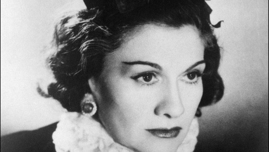 Coco Chanel, la créatrice de haute couture à Paris en 1944