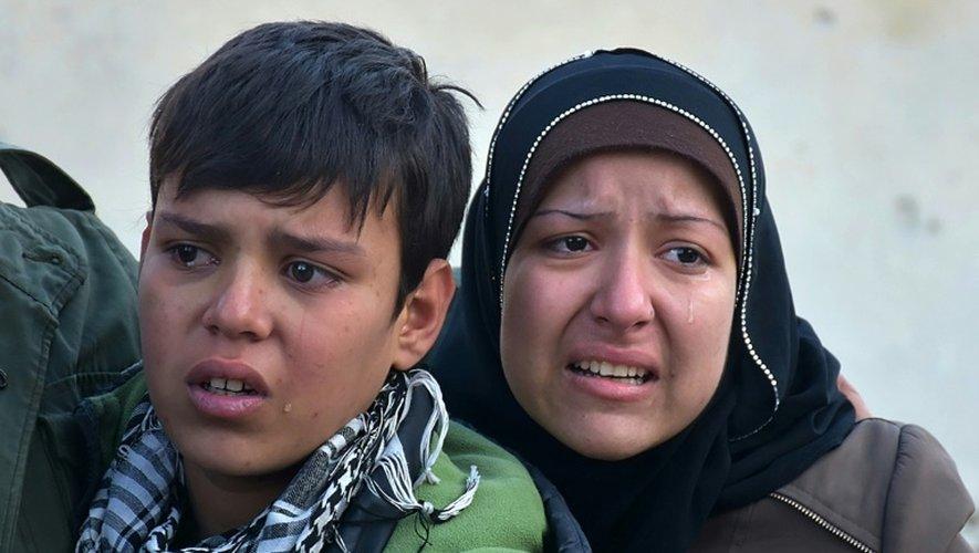 Des civils fuient Alep, en Syrie, le 7 décembre 2016