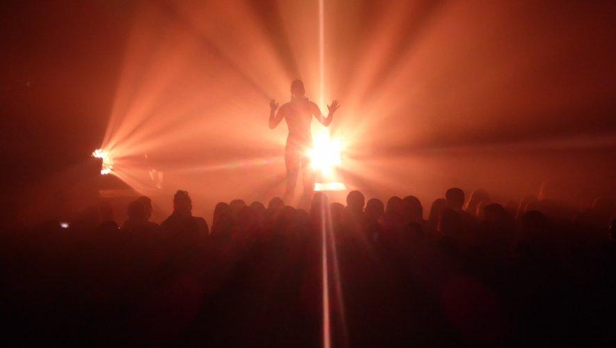 1600 personnes assistaient au concert.