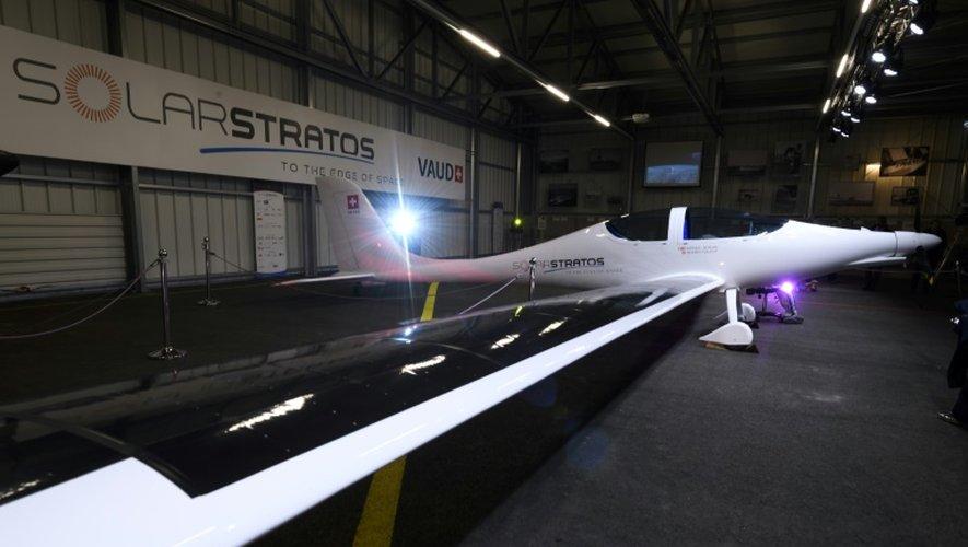 SolarStratos est le premier avion solaire habité capable de pénétrer la stratosphère, présenté à la presse sur la base militaire de Payerne en suisse le 7 décembre 2016
