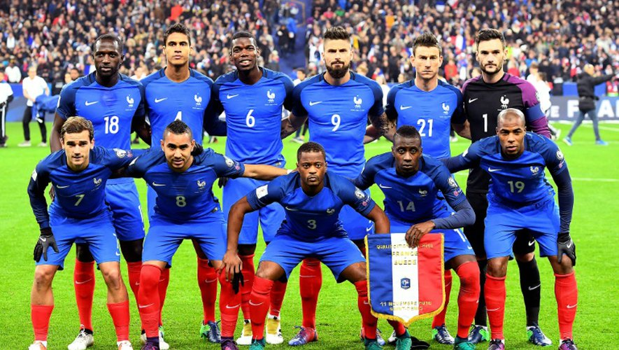 L'équipe de France habillée par Nike, le 11 novembre 2016, avant d'affronter la Suède