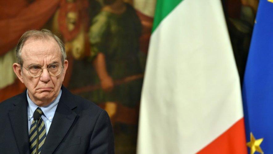 Le ministre des Finances Pier Carlo Padoan, le 28 novembre 2016 à Rome