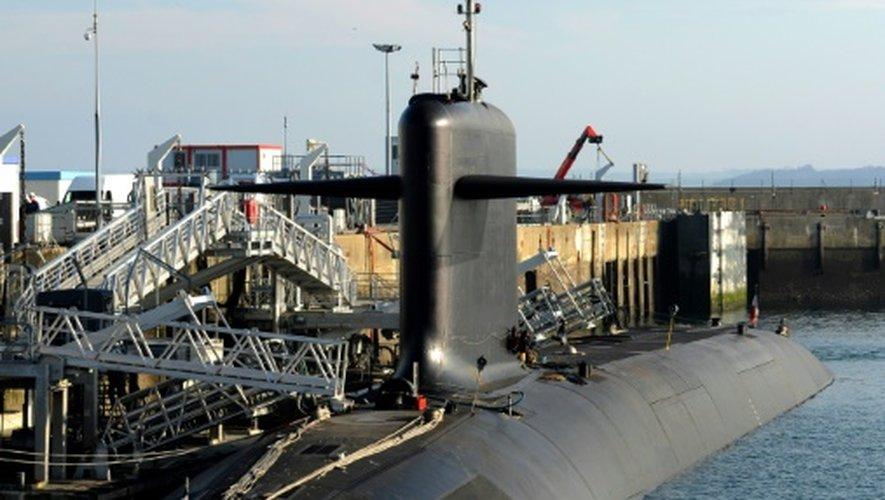 Un des quatre sous-marins lanceurs d'engins - SNLE- de la base de l'Île Longue dans la rade de Brest dans le Finistère, le 5 décembre 2016