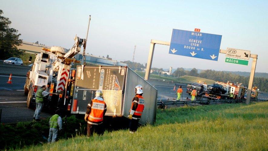 Le nombre de morts sur les routes de France a baissé de 13,2% en novembre par rapport à novembre 2015, a annoncé samedi l'Observatoire national interministériel de la sécurité routière (ONISR)