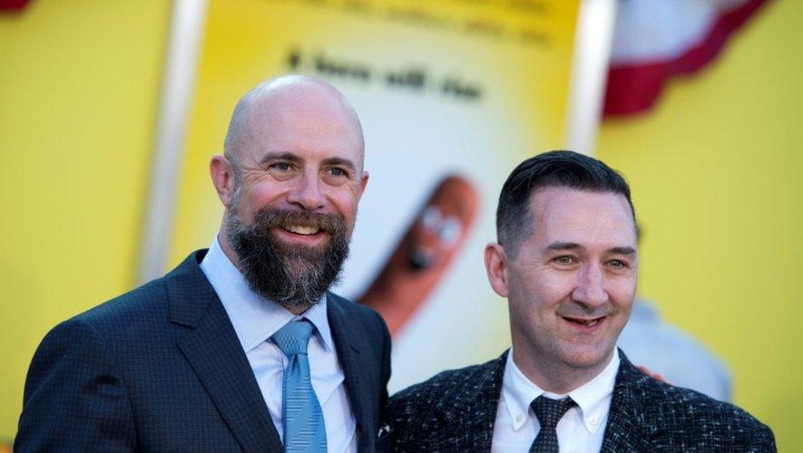 """Les réalisateurs américains Conrad Vernon (G) et Greg Tiernan à la première de leur film """"Sausage party"""" à Westwood en Californie, le 9 août 2016"""