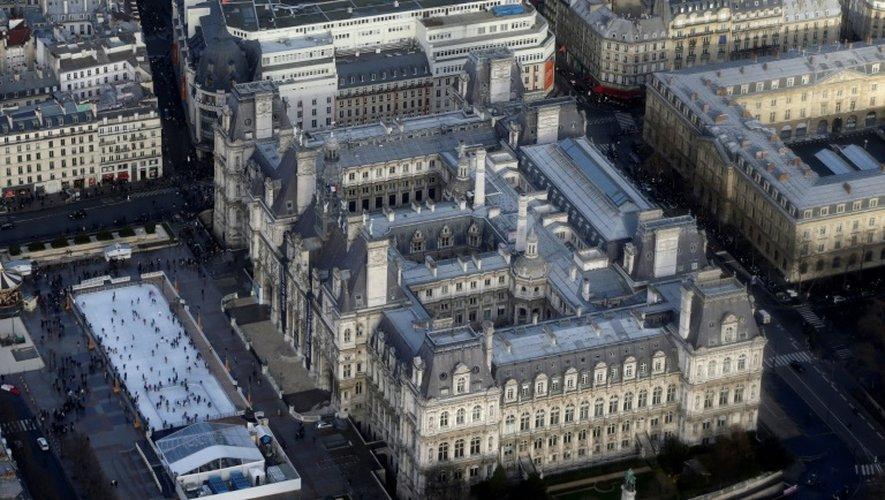 """Le projet de loi donne de nouveaux pouvoirs au maire de Paris: police des baignades, gestion des fourrières, habitat insalubre, délivrance des cartes nationales d'identité et passeports, contrôle des """"pervenches"""""""