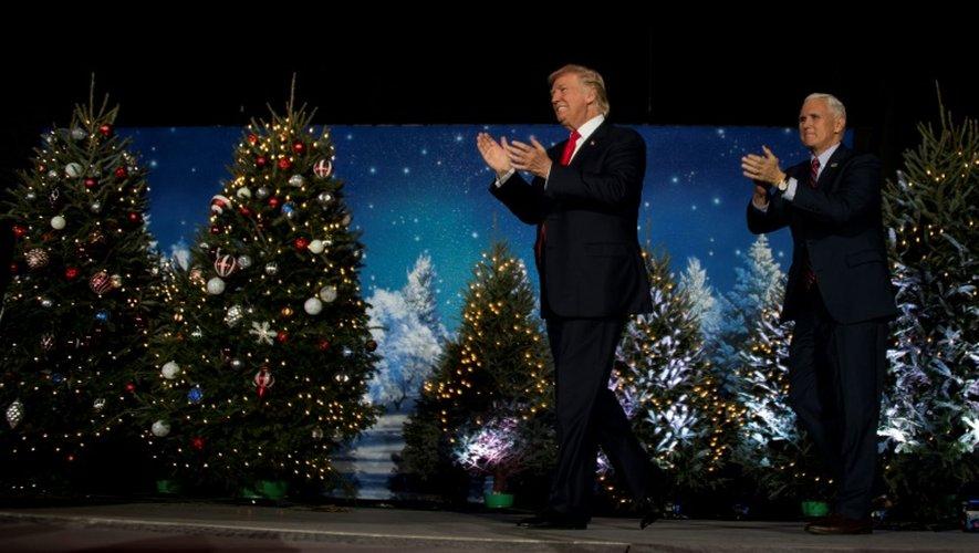 Le président américain élu Donald Trump et son vice-président Mike Pence à Orlando, en Floride, le 16 décembre 2016