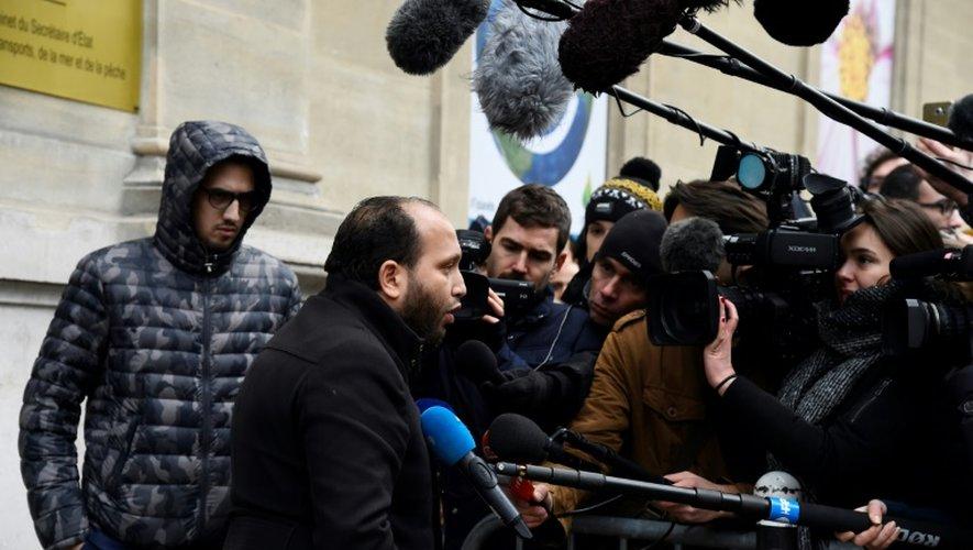 Hassen Ben Barrack, représentant des chauffeurs de VTC, à Paris le 16 décembre 2016