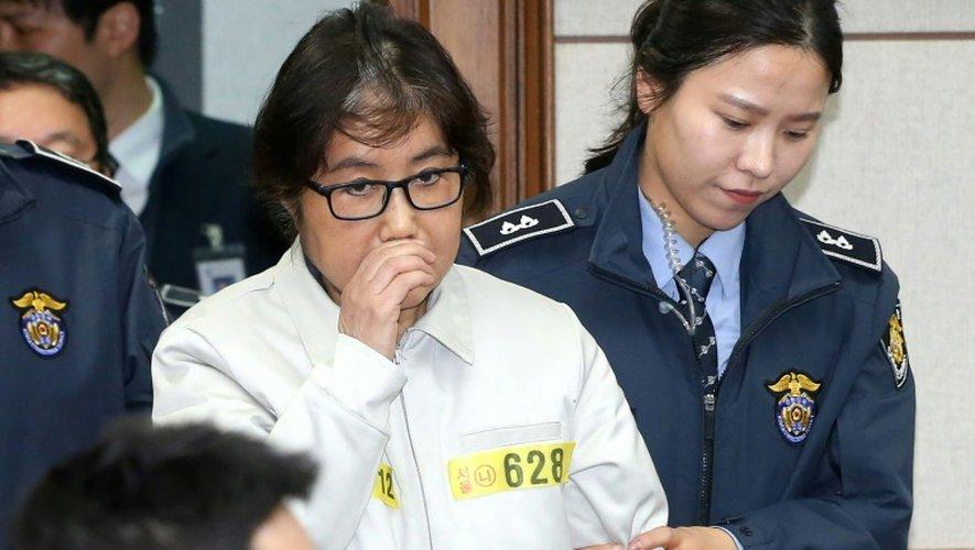 Choi Soon-Sil à son arrivée le 19 décembre 2016 au tribunal à Seoul