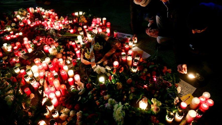 Cérémonie pour rendre hommage aux victimes de l'attentat de Berlin, le 20 décembre 2016 à Berlin