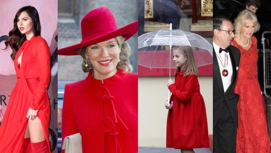 Total look rouge de Noël : reines, princesses et célébrités enflammées