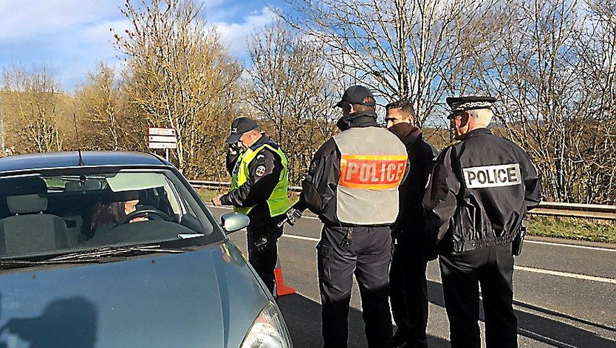Jeudi, le préfet a rencontré les forces de l'ordre lors d'un contrôle routier à Onet-le-Château.