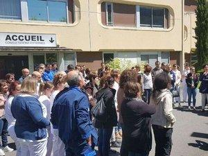 Les salariés de l'hôpital de Decazeville votent la grève illimitée