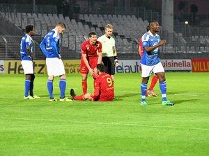 Da Silva est sorti blessé en seconde période.