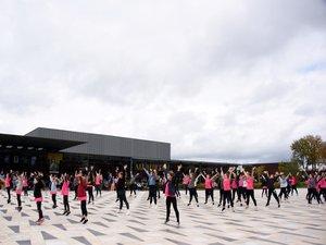 SOLIDARITE  Les enfants  dansent contre le cancer