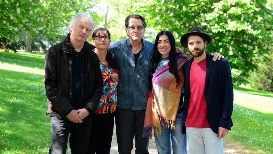 Francis Cabrel invite le groupe azuréen Corou de Berra sur la scène de l'Estivada
