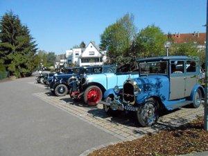 Rallye Les amis de Chenard et Walcker en balade aveyronnaise