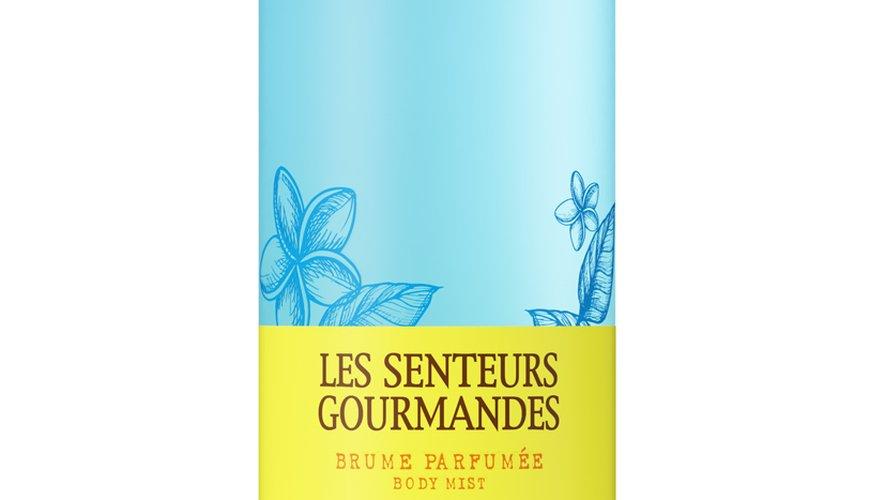 """""""Brume Parfumée Carnet de Voyage"""" par Les Senteurs Gourmandes - Prix : 15€ les 200 ml - Site : www.senteursgourmandes.fr."""