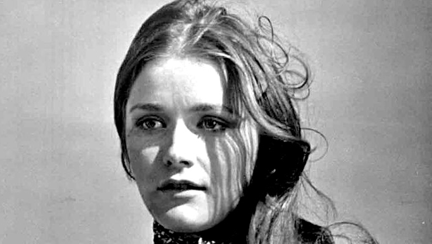 """""""Margot"""" Kidder est devenue célèbre grâce à son interprétation de Lois Lane, la compagne de Superman, dans les quatre films consacrés au superhéros, entre 1978 et 1987."""