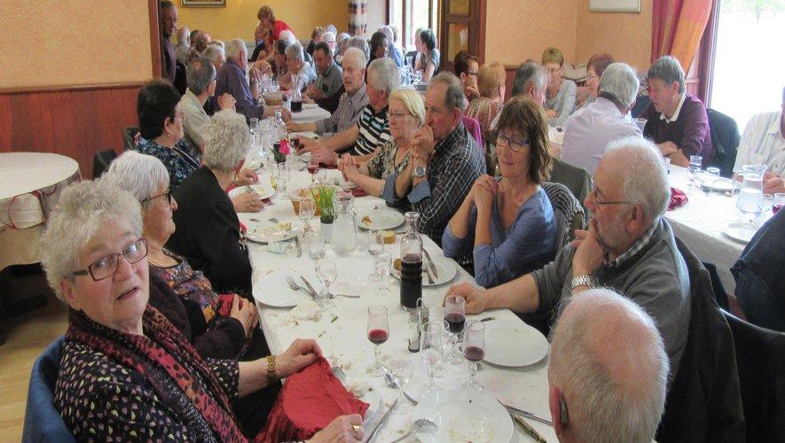Les participants ont apprécié le menu.