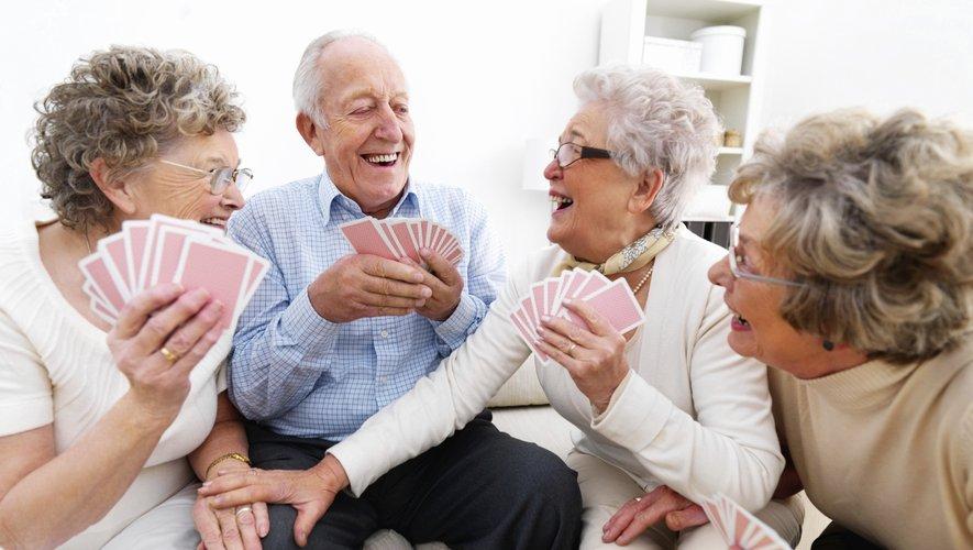 La France comptait fin 2016 plus de 16,1 millions de retraités, qui percevaient une retraite moyenne de 1.389 euros brut par mois