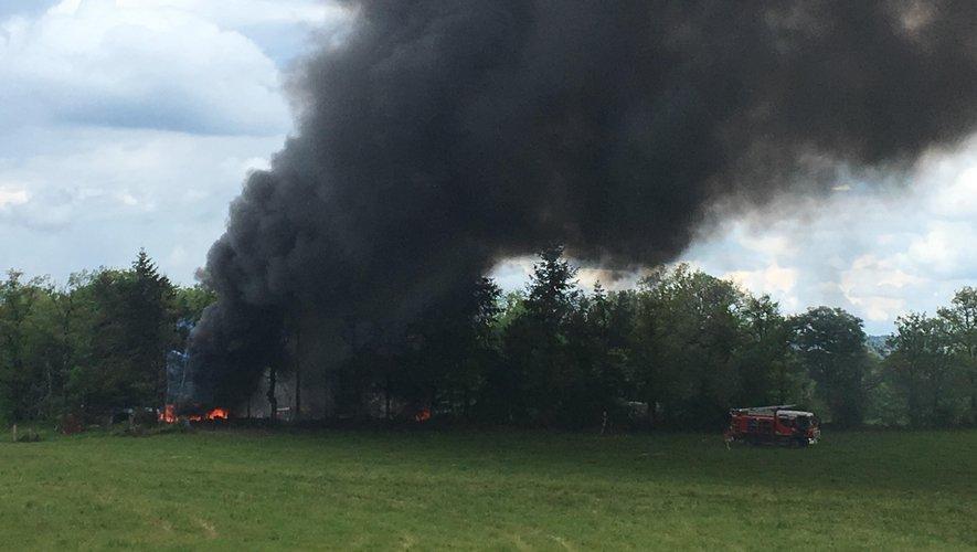 Lacroix-Barrez : un incendie se déclare dans une casse automobile