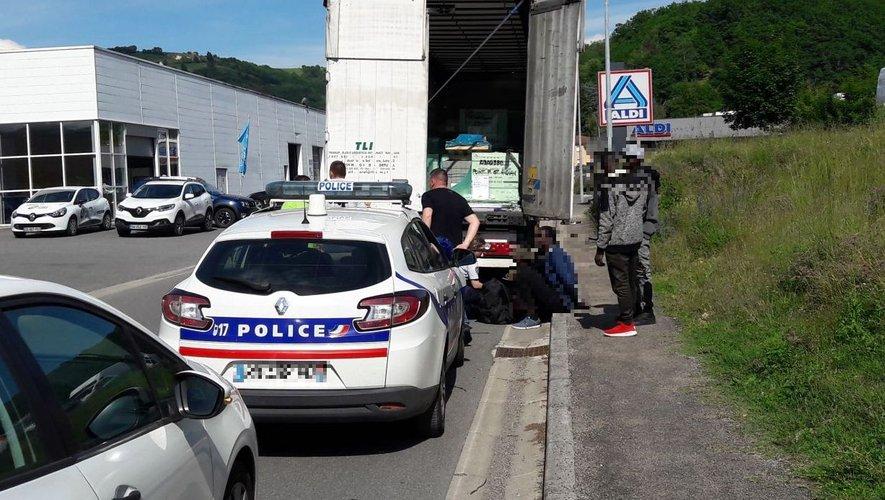 Des migrants interpellés à Decazeville après avoir été retrouvés dans un camion !