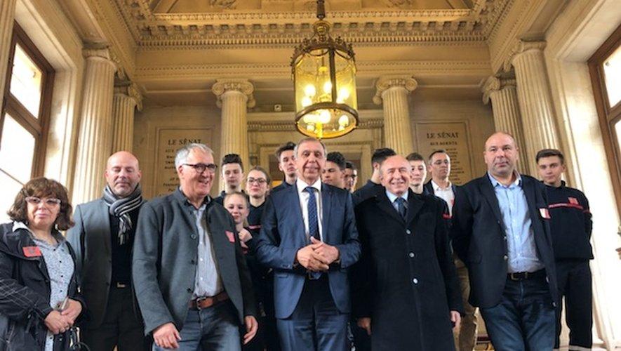 Scolarité  La formation sapeur-pompier volontaire du lycée reçue au Sénat