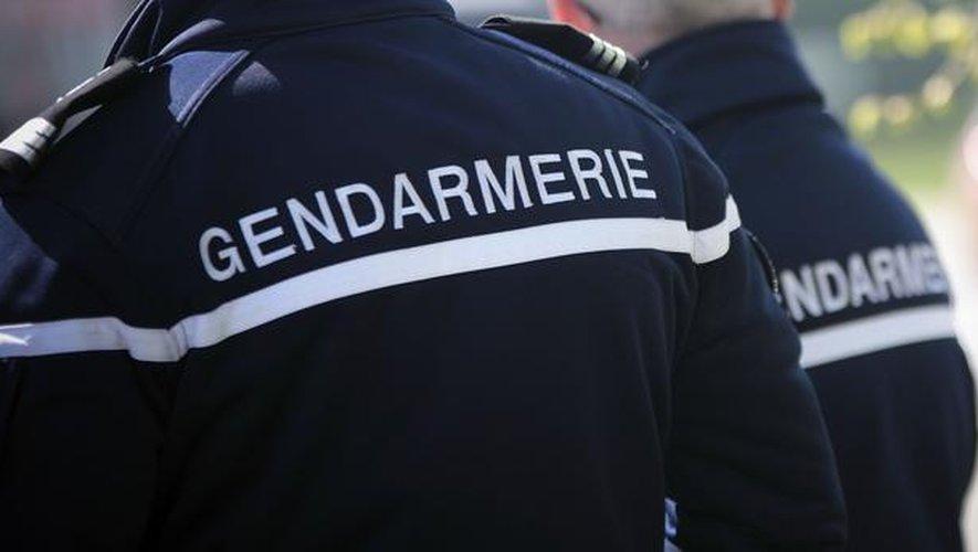 La gendarmerie a ouvert une enquête pour chacune des deux affaires.