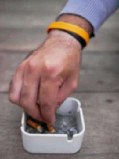 Tabac : la France fume moins