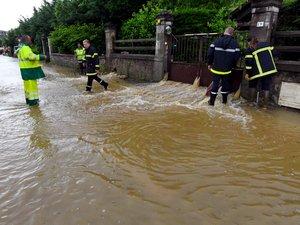 Les impressionnantes images des torrents de boue dans Espalion !