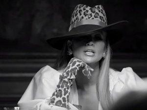 Jennifer Lopez s'affiche dans son dernier clip avec des gants de... Millau !
