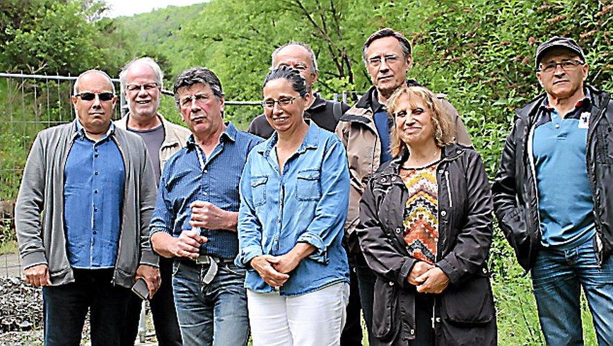 Les opposants au cœur du site de l'igue du Mas qui pourrait recevoir, selon eux, 2 millions de tonnes de déchets ultimes.