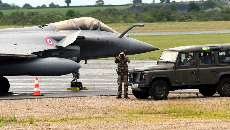 La Rafale, ce mardi après-midi sur le tarmac de l'aéroport de Rodez.