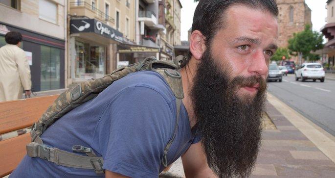 Lucas Raynal affiche fièrement sa barbe