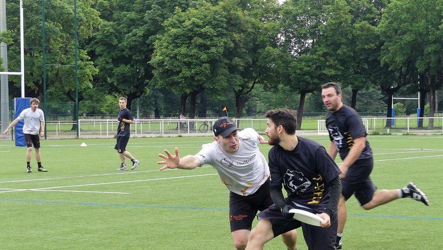 Le club de ultimate frisbee de la MJC Rodez existe depuis 2006 et compte une trentaine de licenciés.