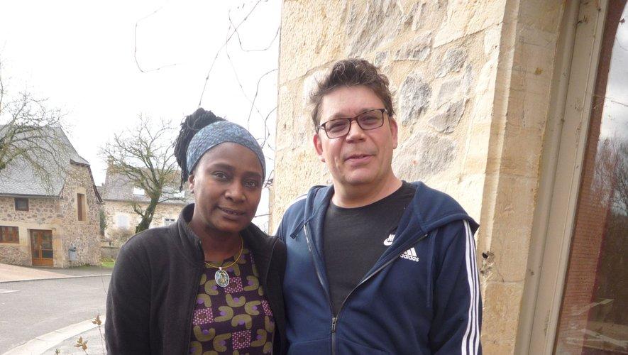 Olivia et Sylvain à l'auberge.