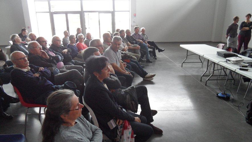 La présentation de l'étude s'est déroulée à la salle des Deux viaducs.