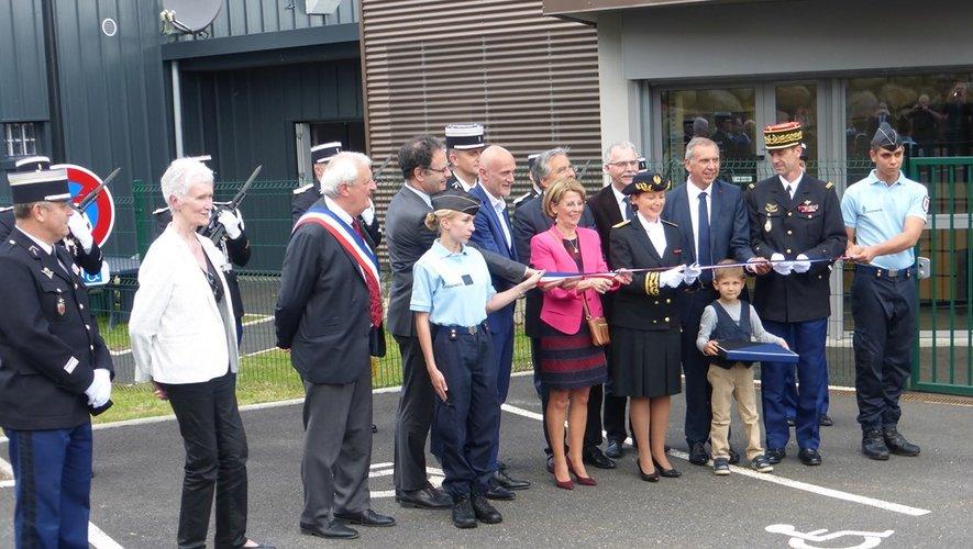 """La caserne """" Gendarme-Bouzard """" inaugurée en grande pompe"""