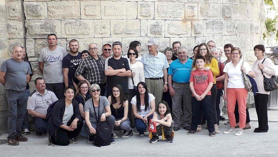 Le comité des fêtes se détendsous le soleil méditerranéen