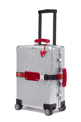 Une des valises trolley issues de la collaboration Fendi x Rimowa.