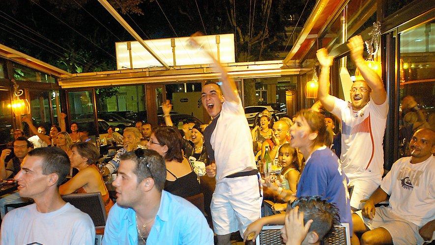 """A défaut de """"fan-zone"""", les supporteurs pourront se rendre dans les bars de la ville."""