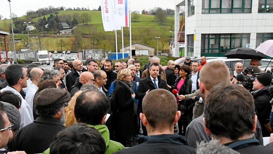 Les dirigeants de l'usine Bosch sur le site d'Onet-le-Château lors de leur venue en début d'année.