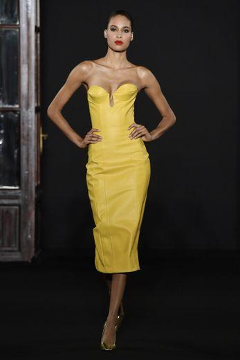Ronald Van Der Kemp s'adresse aux divas avec cette nouvelle collection haute en couleurs vitaminées et en sexy attitude. Paris, le 1er juillet 2018.