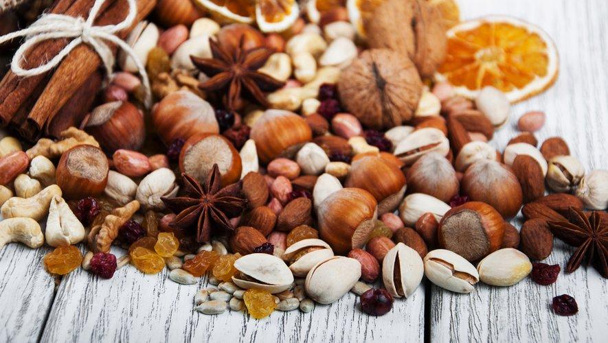 Manger des fruits à coque est une recette simple pour améliorer la qualité du sperme de l'homme