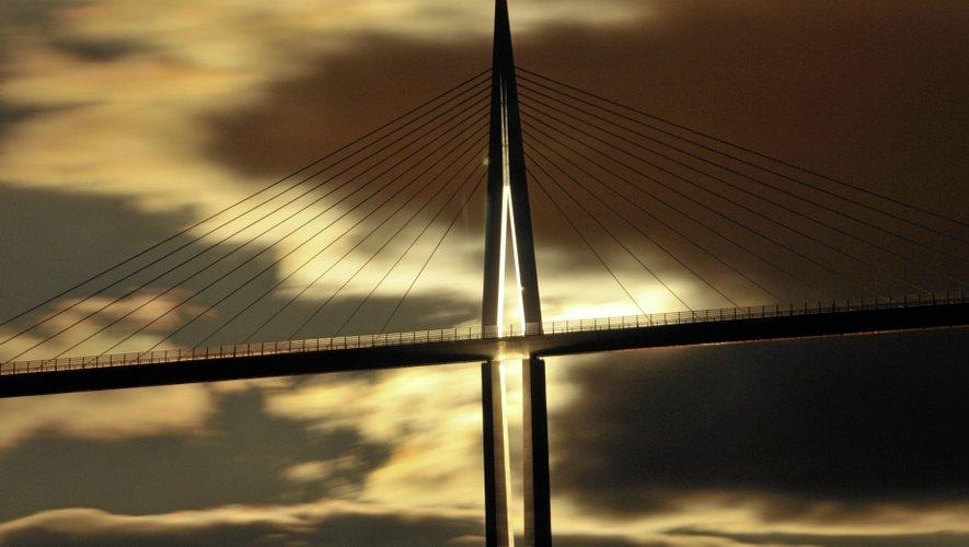 Le Viaduc de Millau, bien plus qu'un pont, un vrai chef-d'œuvre.