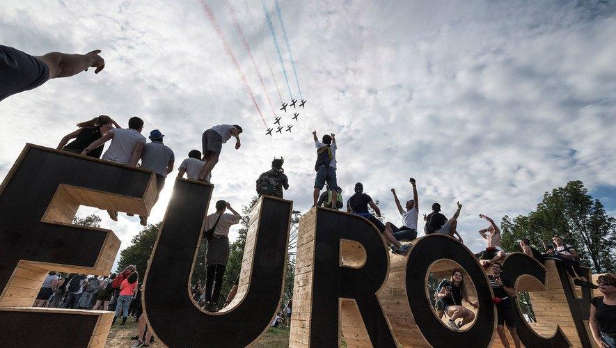 La star hexagonale du rap Orelsan, tête d'affiche de cette première soirée des 30e Eurockéennes de Belfort, a fait sauter des milliers de festivaliers détrempés, réunis sur une pelouse transformée en mare de boue.